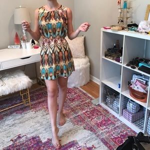 Dresses & Skirts - NWOT Perfect for FALL Tyche Colorful Print Dress